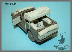 MR-35610   stowage and personal gear  M3A1 Scout Car     (TAMIYA)