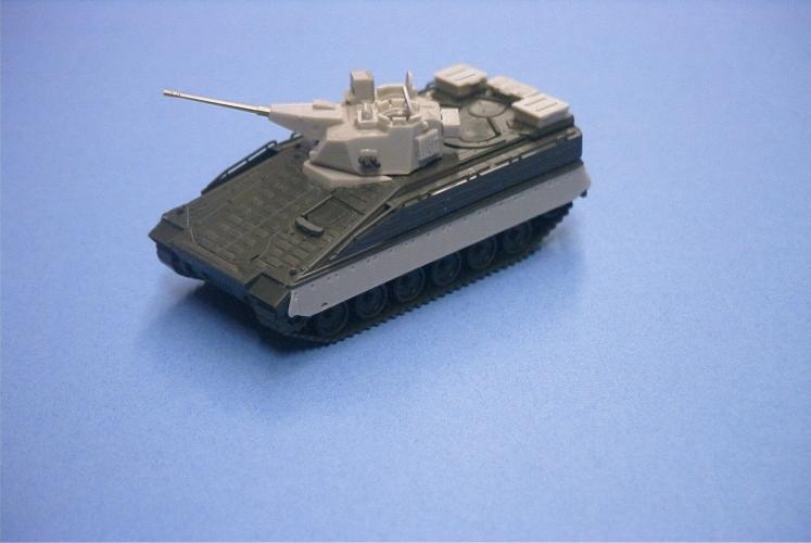 MR-87100  Marder M12 mit 30mm Kuka E4 Turm