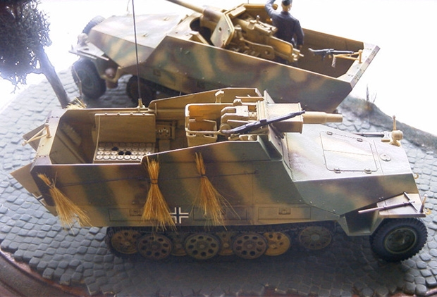 """MR-35062  Sd.Kfz.251/22D  """"Pakwagen"""" Umbauset  für TAMIYA"""