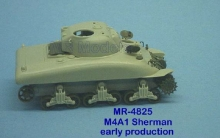 MR-48025  Sherman M4A1 upper hull & turret very early production with peep