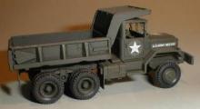 MR-87003  US Dump Truck M51 / M817