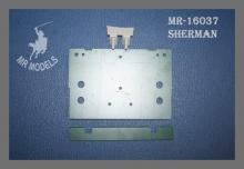MR-16037 Polystyrolrückwand für M4 Sherman ( Frästeil )