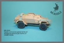 MR-35545  Gepäck und Ausrüstungsteile Sd.Kfz.221   (HOBBY BOSS)